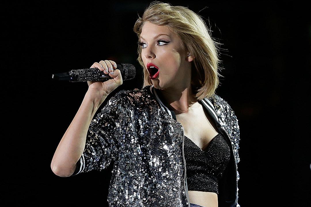 Taylor-Swift-Blackout