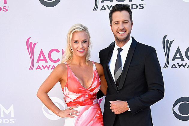 caroline-bryan-instagram-photos-public