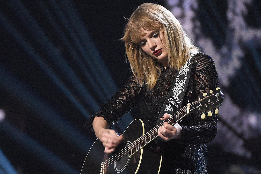 taylor swift return to country music