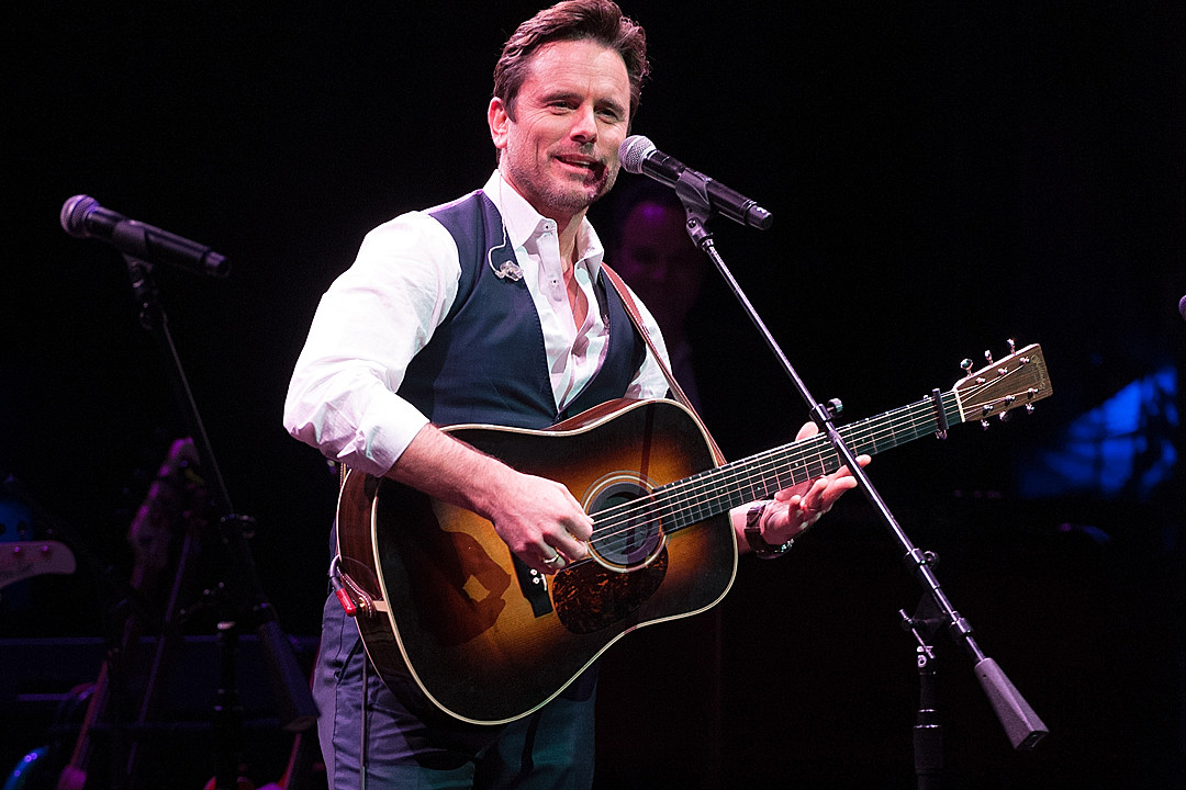 Charles Esten Makes an Epic 12-Acre Corn Maze — See the Pics! [Exclusive]