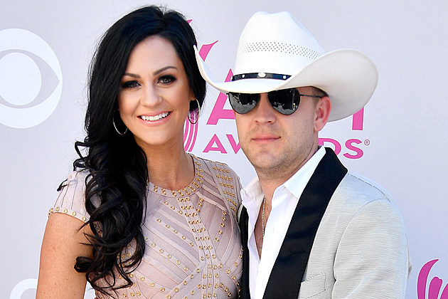 Justin-Moore-Wife