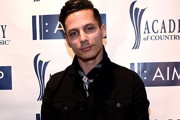 Yes Devin Dawson Does Smile In Pictures