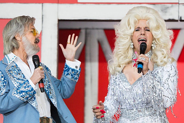 39 Today 39 Show Hosts Dress As Country Singers For Halloween