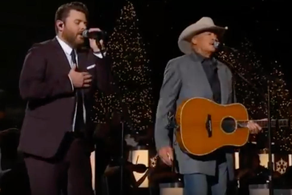 your christmas gift chris young and alan jackson singing theres a new kid in town watch - Alan Jackson Honky Tonk Christmas