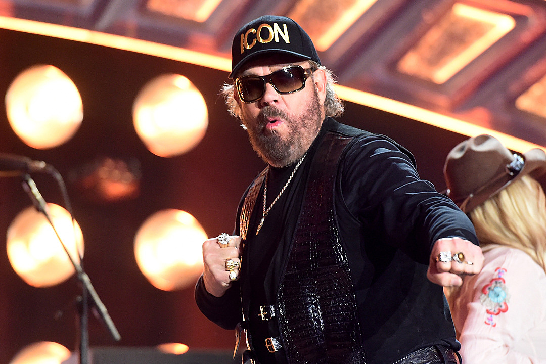 Lyric are you ready for some football lyrics : Hank Williams Jr > Taste of Country