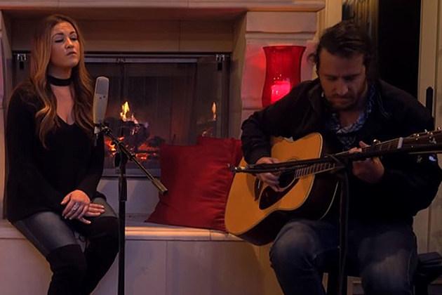 Ashley-Barron-The-Christmas-Song