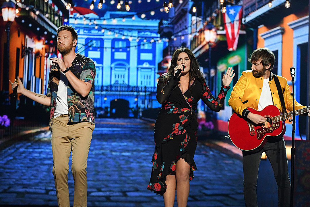 Lady antebellum return to the stage with heart break at acms m4hsunfo