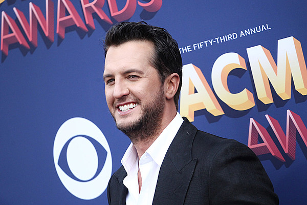 Luke Bryan Spends QT With His Sons, With Help from Their ...