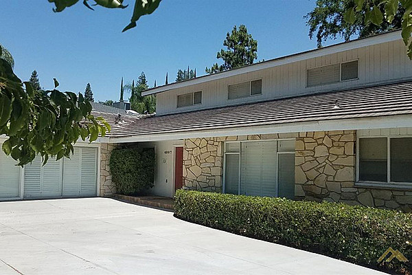 Merle Haggard S Bakersfield Home For Sale It Has Barely