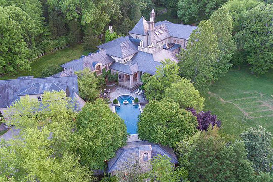 See Inside the 10 Biggest Country Stars' Homes