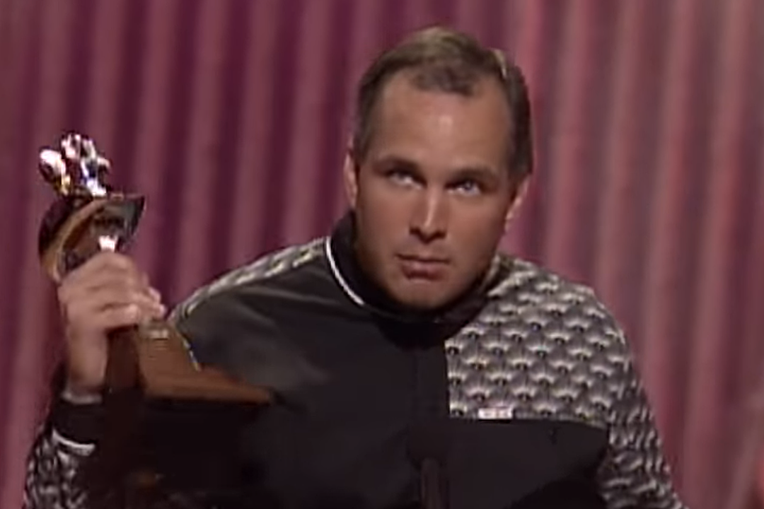 Remember When Garth Brooks Won ACM Entertainer of the Year Three Times in a Row?