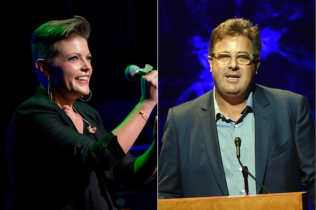Remember When Vince Gill Defended the Dixie Chicks After the George W. Bush Controversy?