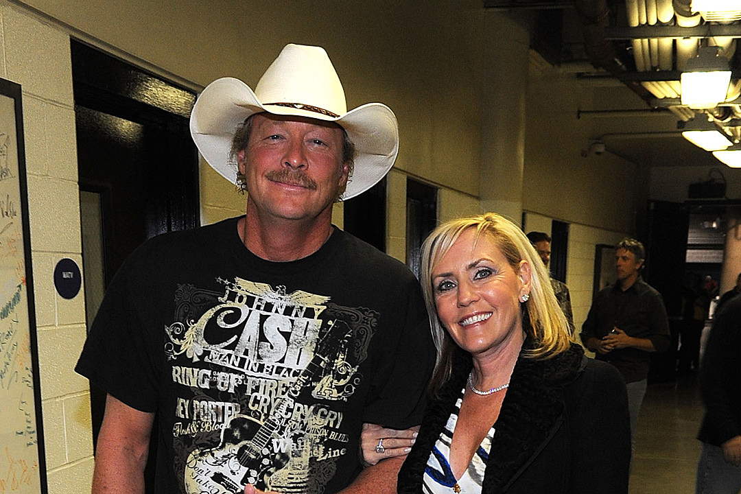 Remember the Crazy Way Alan Jackson Met His Wife Denise?