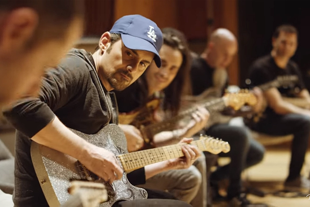 Watch Brad Paisley Jam on 'Game of Thrones' Theme With Metal All-Stars