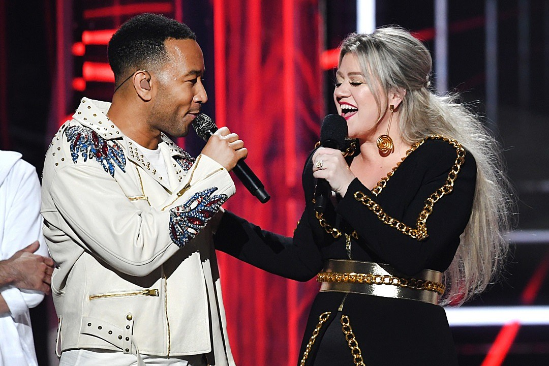 Kelly Clarkson Wants to Play Matchmaker for Son Remington and John Legend's Daughter, Luna