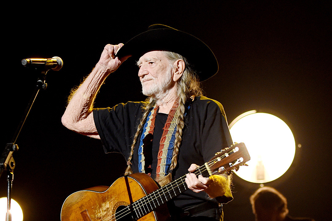 Willie Nelson Announces Las Vegas Residency for 2019