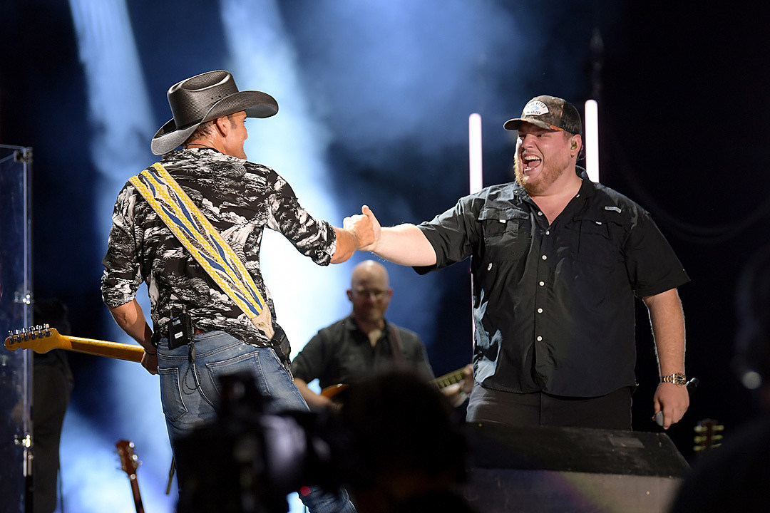 Tim McGraw, Luke Combs Hit CMA Fest TV Special for 'Real Good Man' Duet [Watch]