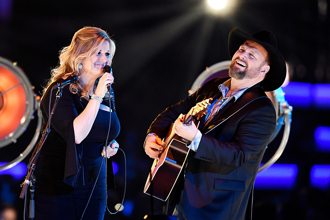 Garth Brooks' Birthday Cake From Trisha Yearwood Looks Absolutely Delicious